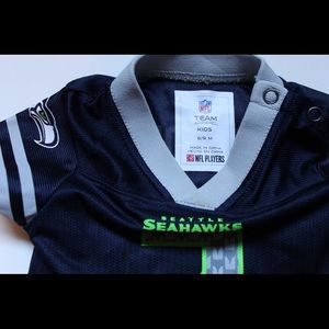 premium selection 16891 c8fa3 Seahawks NFL Russell Wilson Jersey Baby 3-6M
